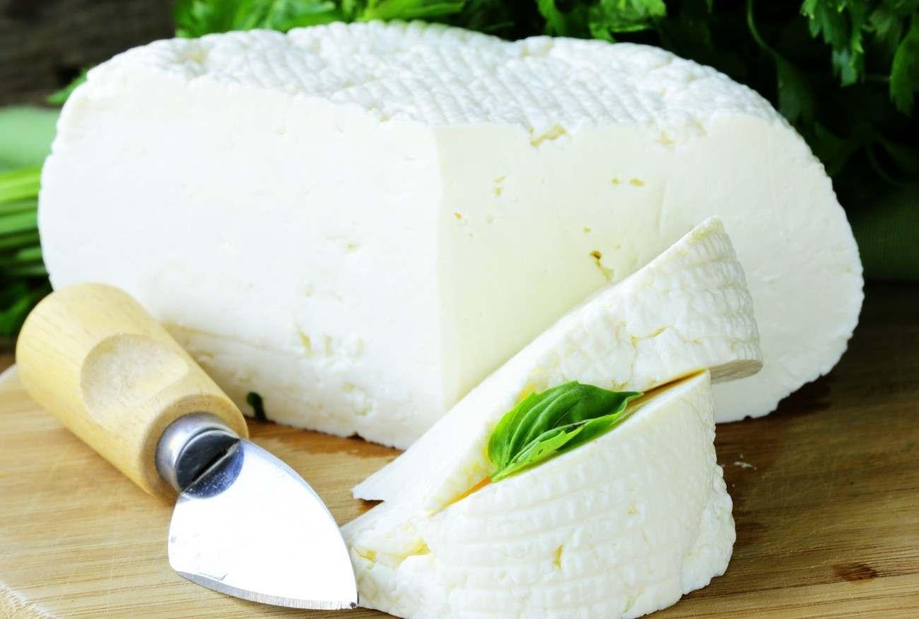 Официальные производители адыгейского сыра подали в суд на поставщиков контрафактной продукции