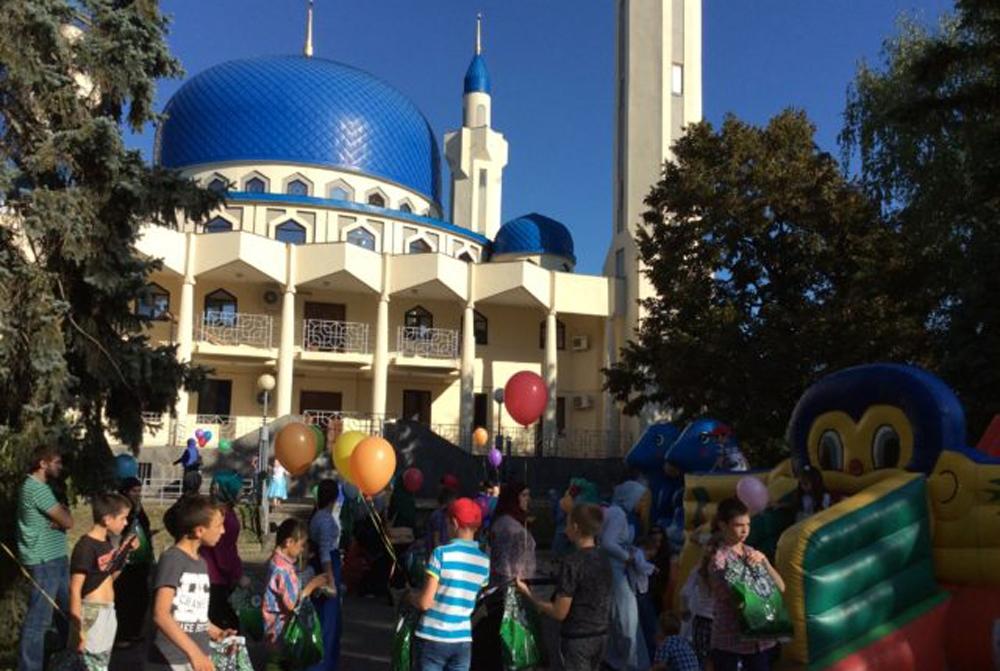Жители Адыгеи праздную Курбан-байрам