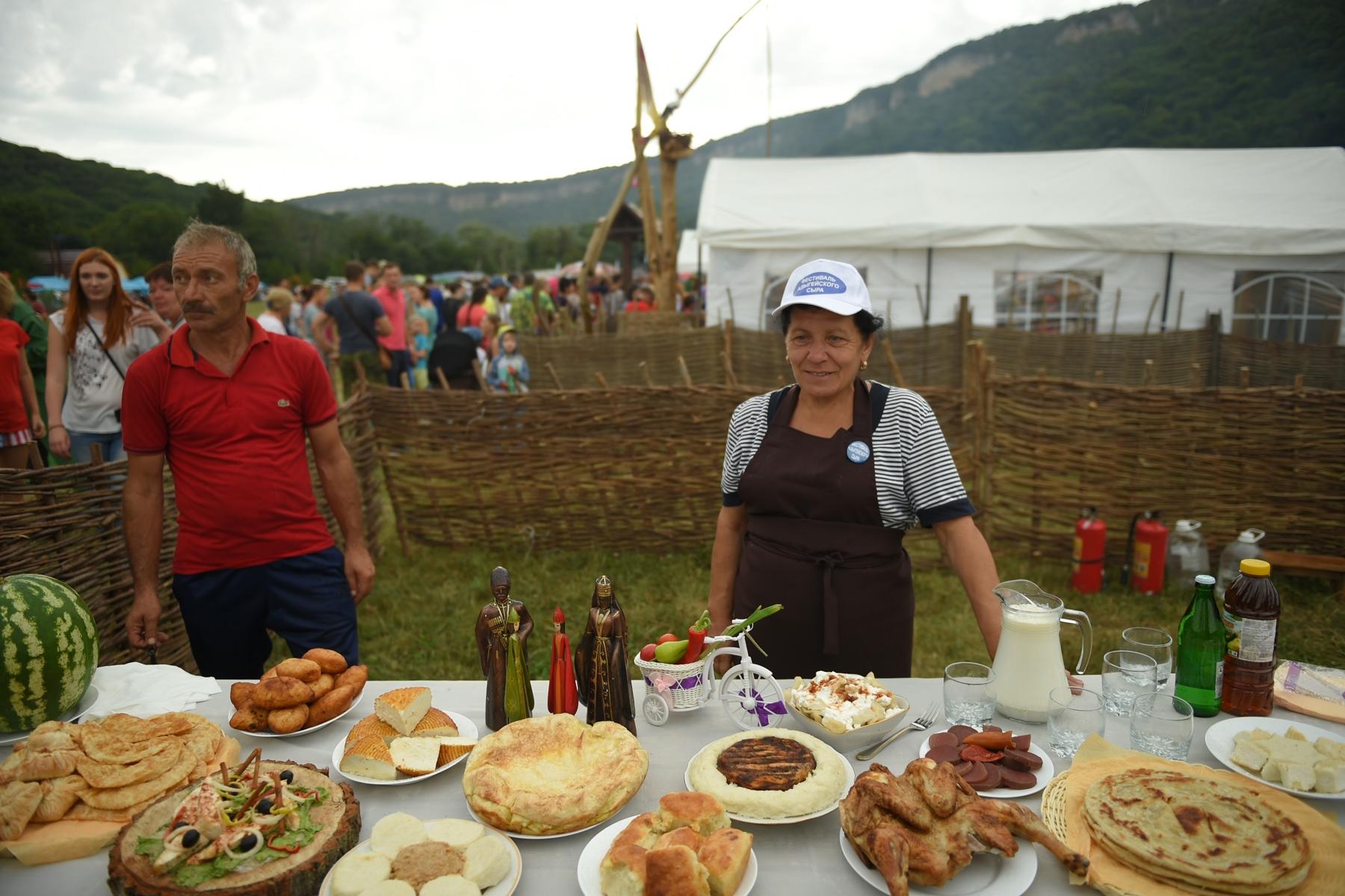 В Адыгее на фестивале сыра устроят конкурс сыроваров