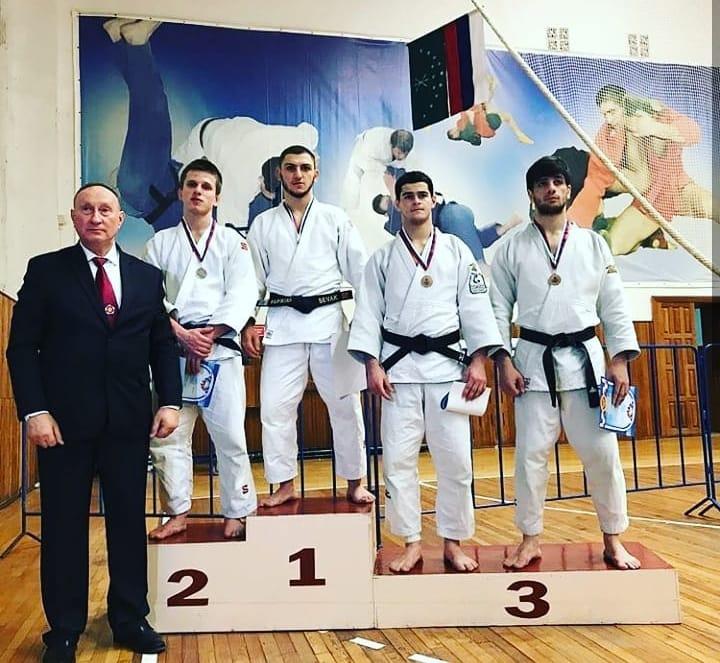 Спортсмены из Адыгеи завоевали путевки на Первенство России по дзюдо