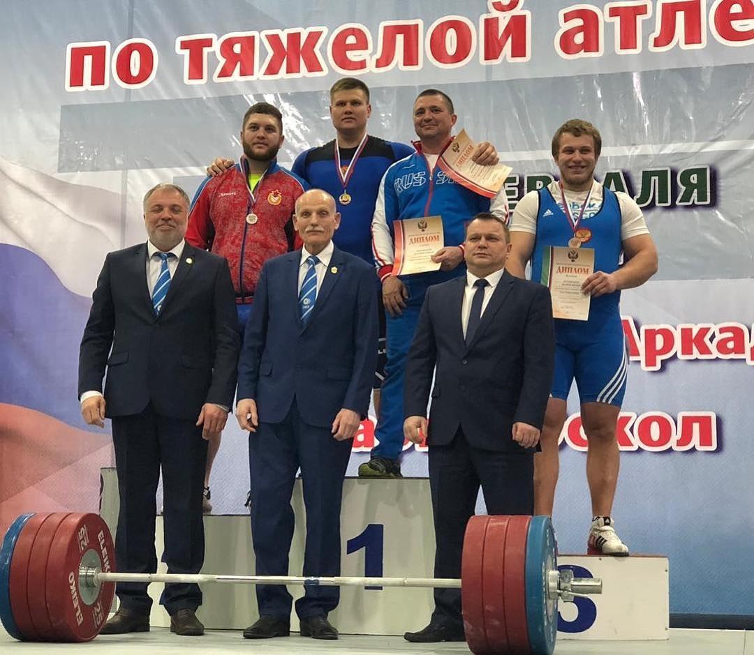 Спортсмен из Адыгеи выиграл кубок России по тяжелой атлетике