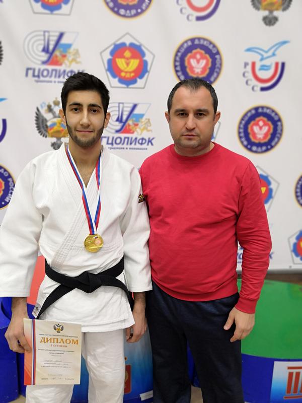 Спортсмен из Адыгеи завоевал золото студенческого чемпионата России по дзюдо