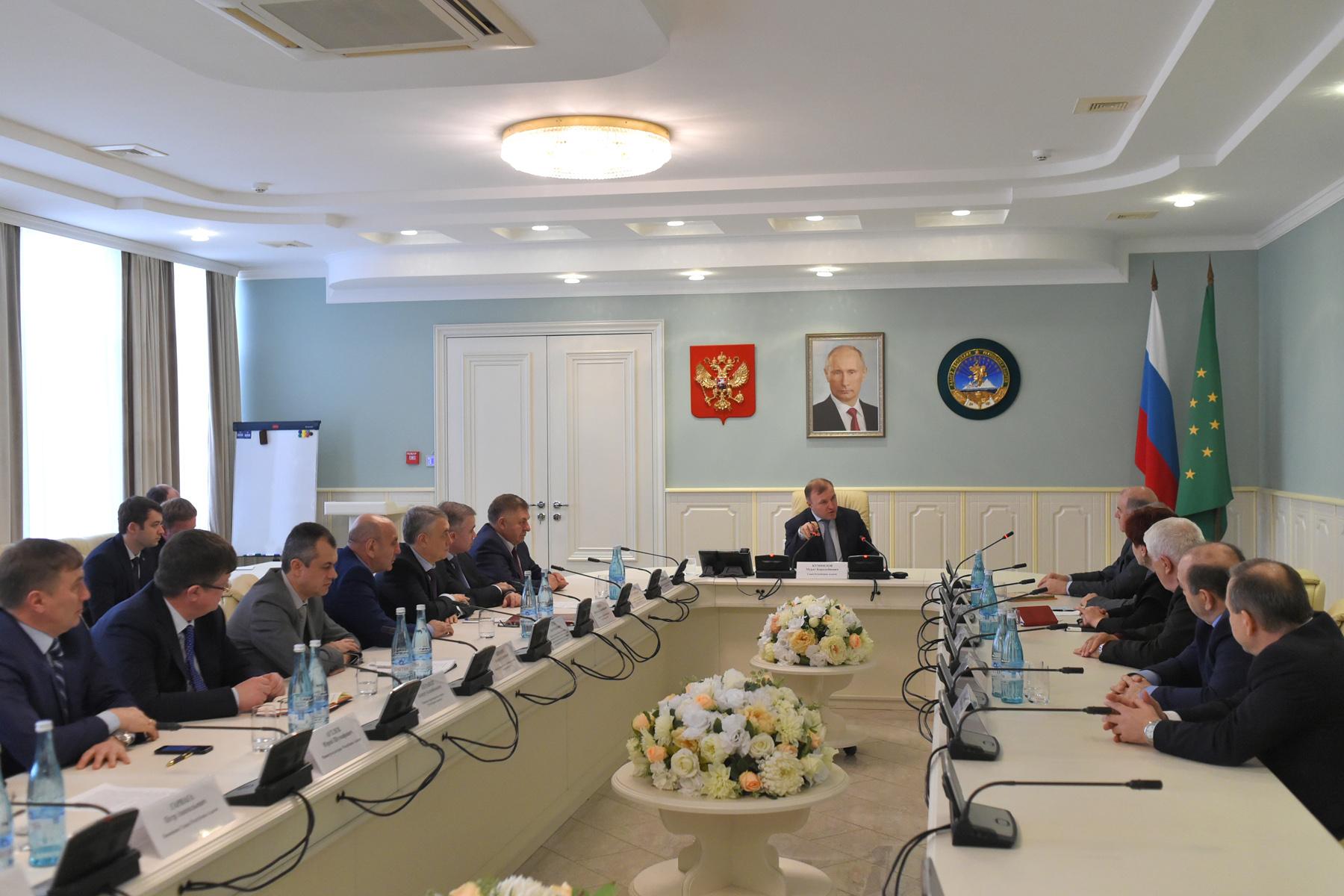 Глава Адыгеи провел встречу с представителями адыгской диаспоры Турции
