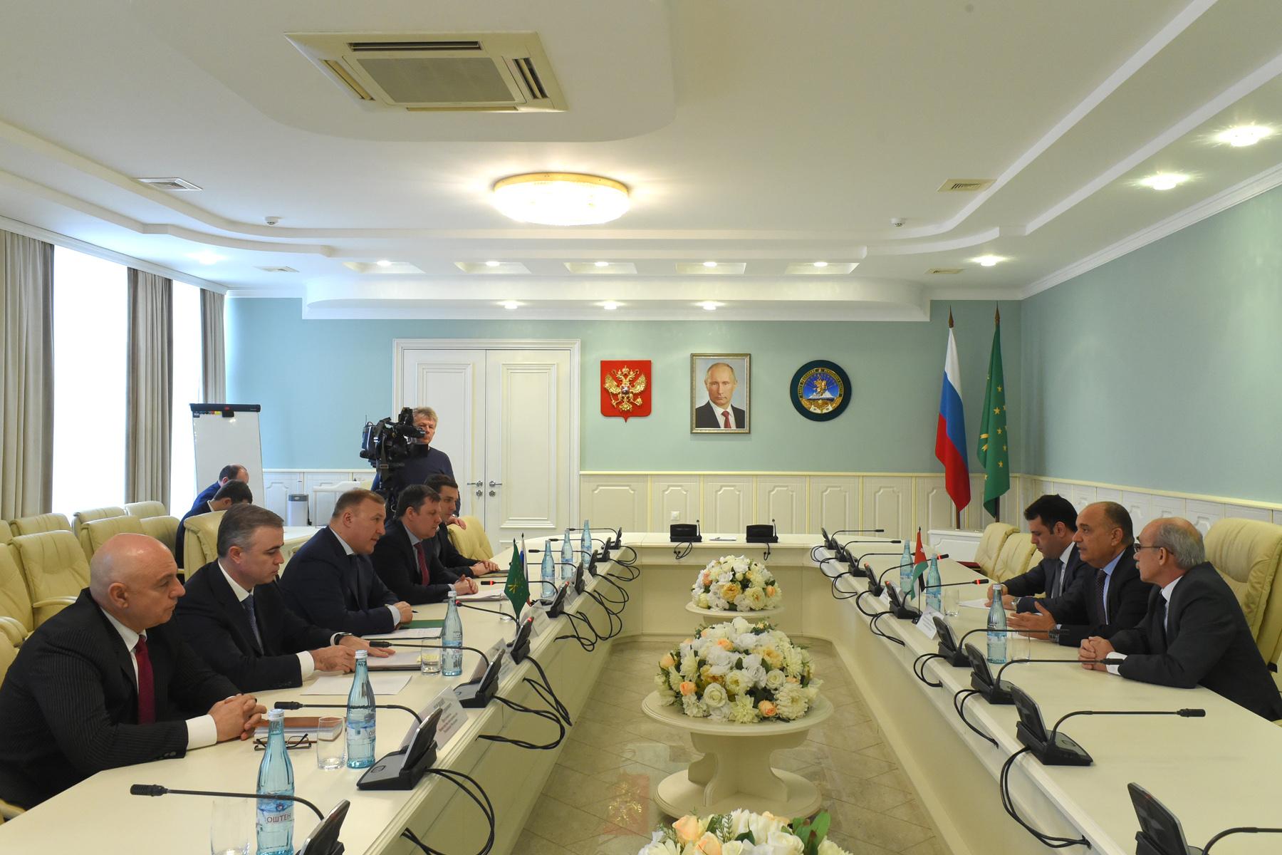 Глава Адыгеи и посол Иордании в РФ обсудили аспекты сотрудничества