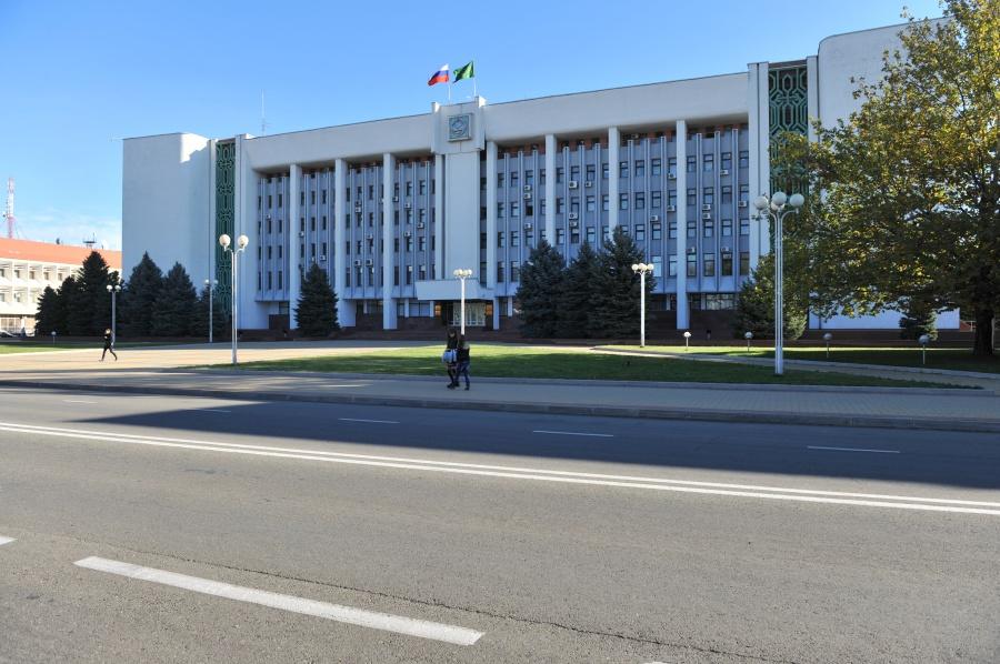 В Адыгее отмечают День парламентаризма республики