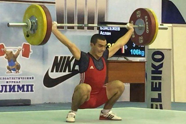Тяжелоатлет из Адыгеи стал победителем всероссийского турнира