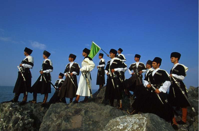 Редкое видео. Принц Али в Турции, по пути в страну предков  в 1998 году.