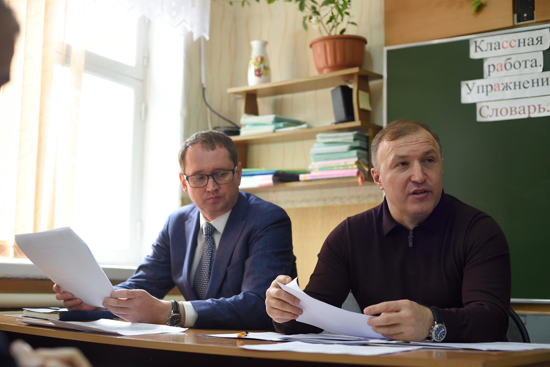 Глава Адыгеи проверил исполнение поручений по обращениям на прямую линию жителей поселка Табачный