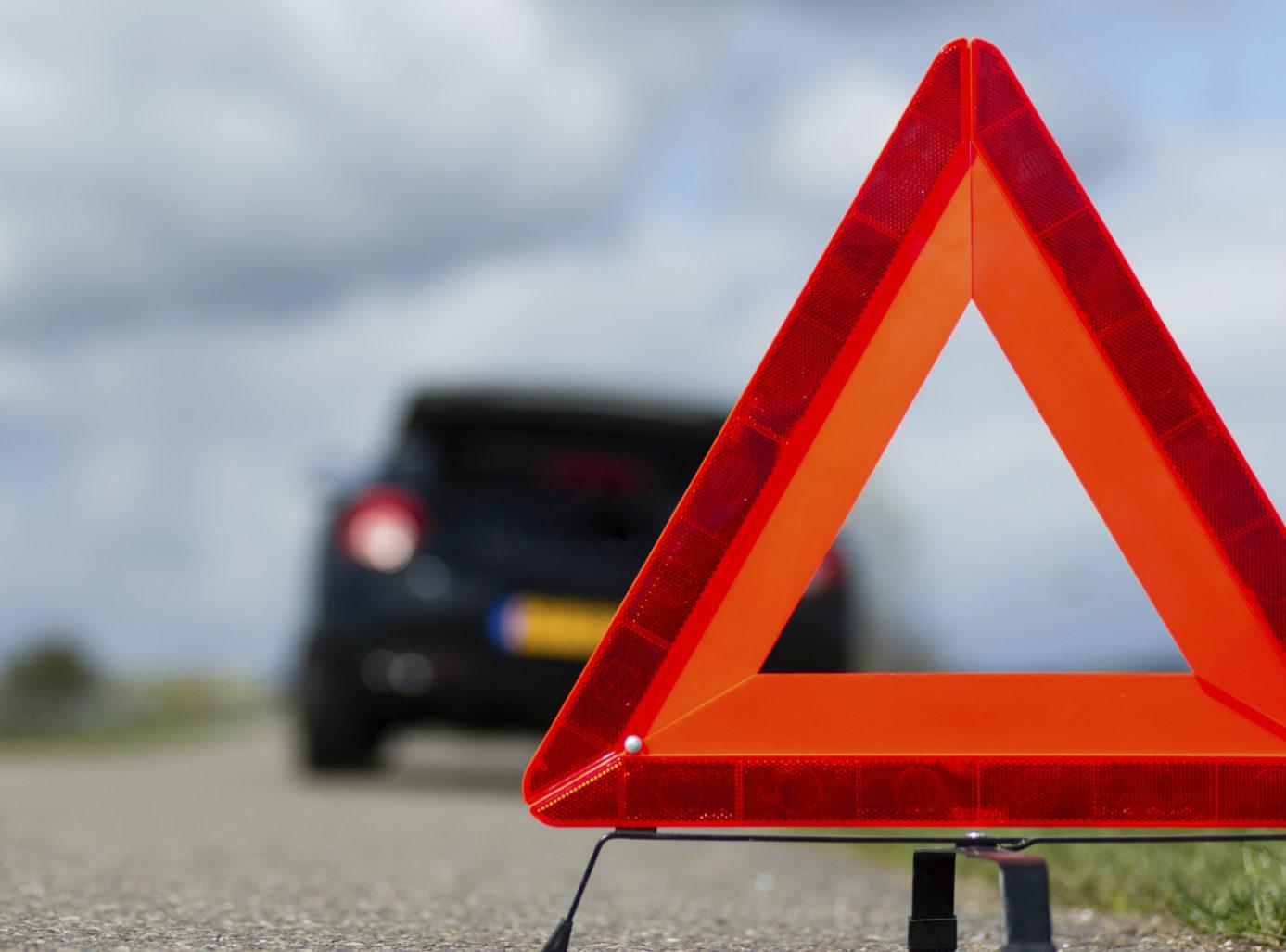 В Адыгее в результате столкновения легковушки и грузовой машины погиб 18-летний пассажир