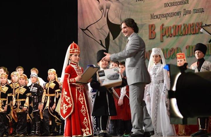 В Адыгее ансамбль «Нальмэс» проведет конкурс в честь Международного дня танца