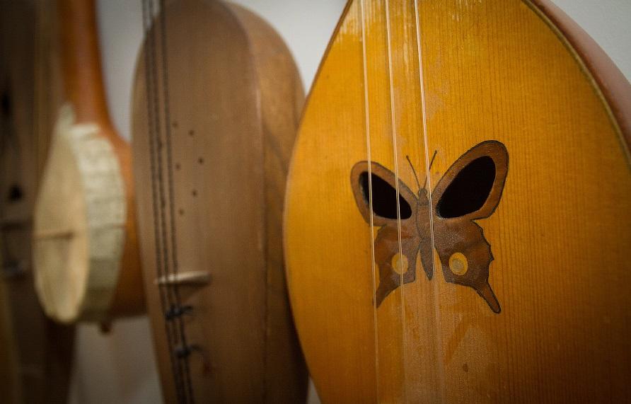 В Национальном музее Адыгеи откроется выставочный проект об адыгской скрипке