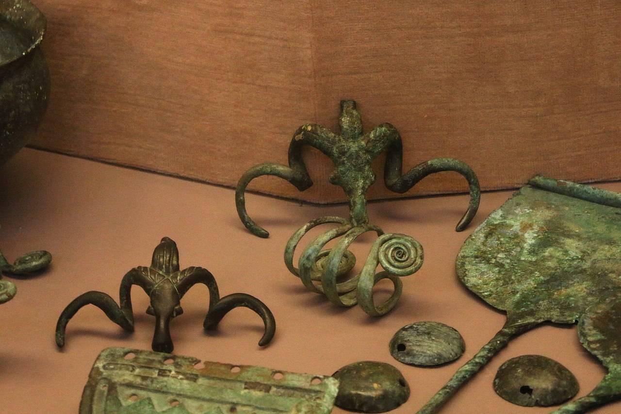 Древние находки в устьях рек Фарс и Кубань