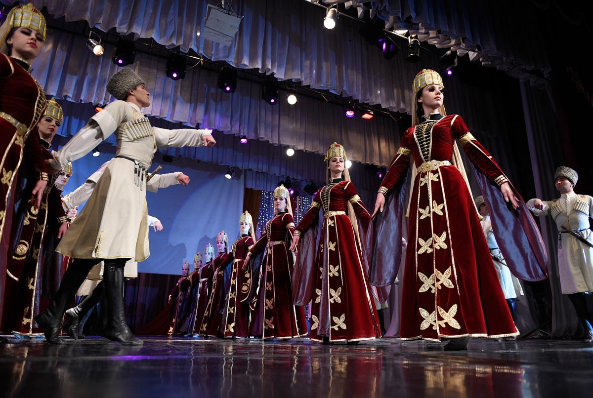 В Адыгее пройдет концерт в честь экс-президента республики Хазрета Совмена