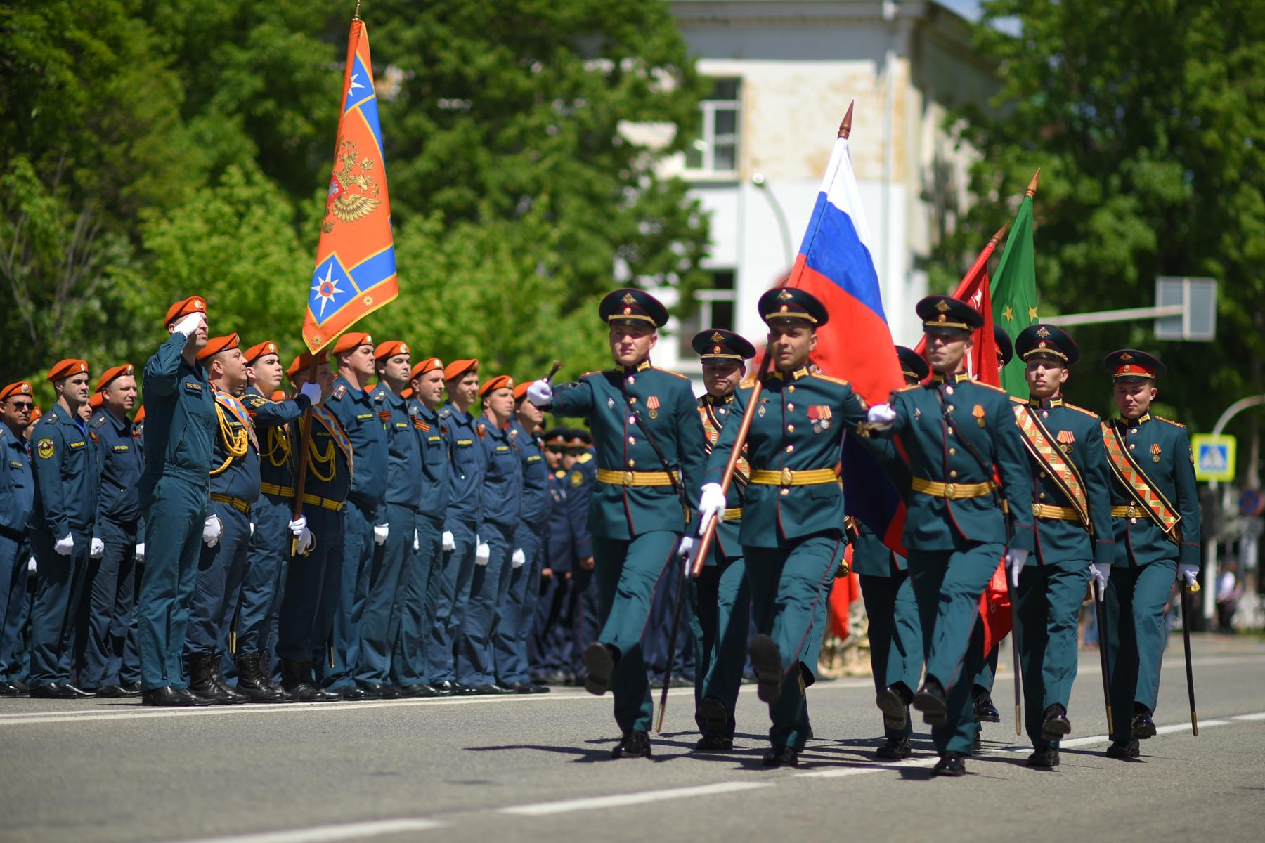 В Адыгее прошел торжественный марш в честь Дня Победы
