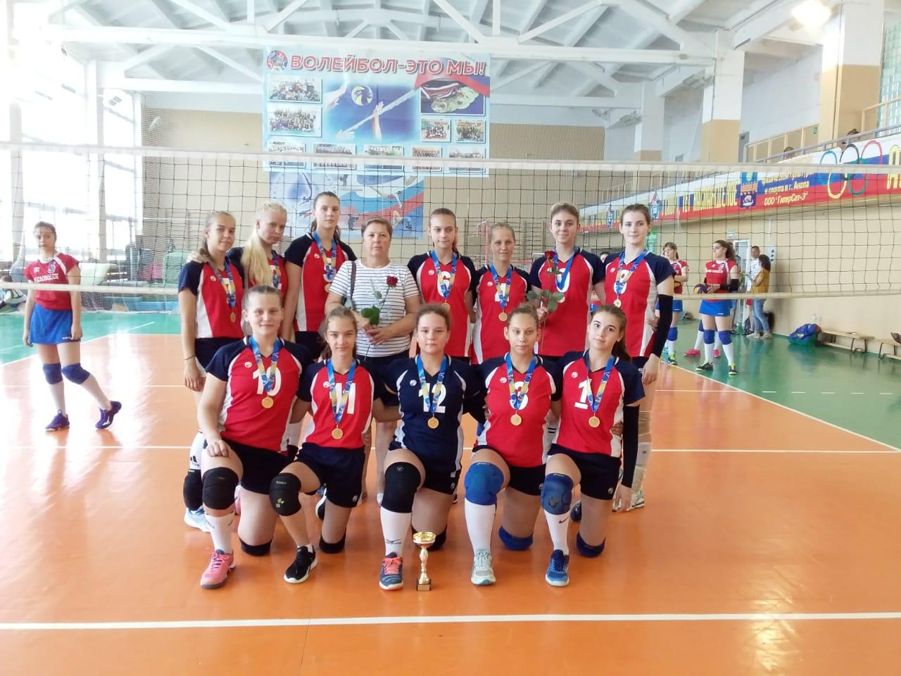 Сборная Адыгеи стала победителем первенства профсоюзов России по волейболу