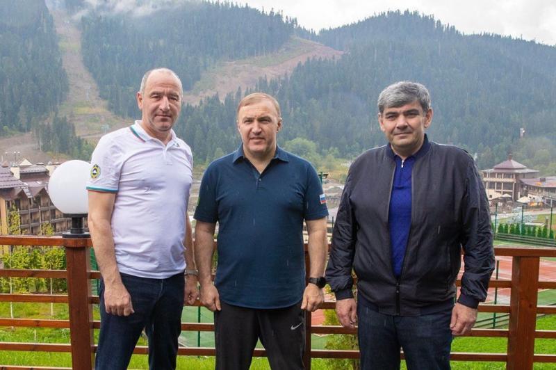 Главы Адыгеи, КБР и КЧР обсудили развитие межрегионального туризма