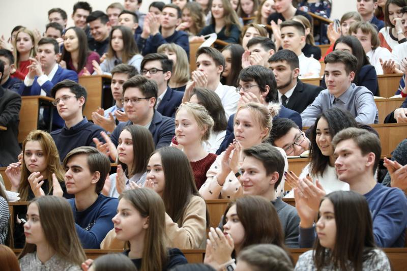 Президент России поддержал инициативу Адыгеи об отмене налога на матпомощь студентам