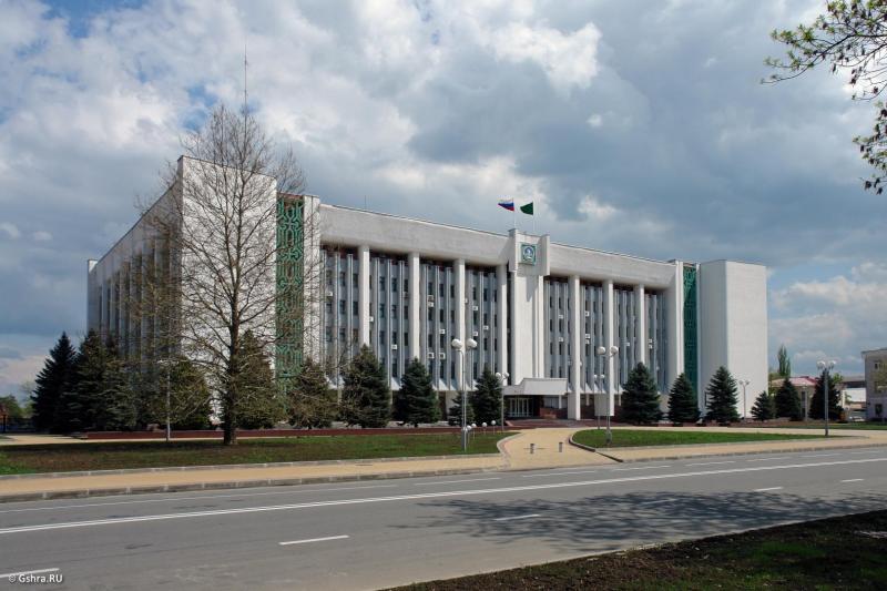 В Адыгее назначены новые заместители руководителя Администрации главы РА и Кабинета министров РА