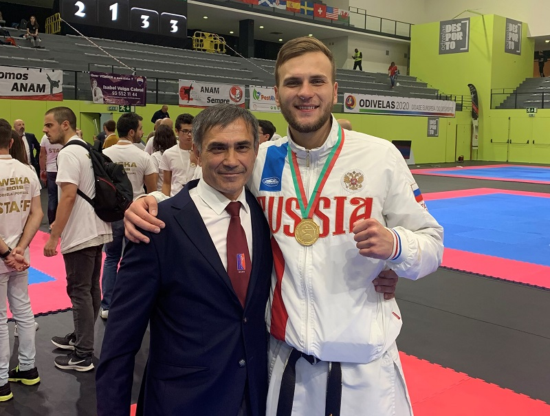 Каратист из Адыгеи в составе сборной России завоевал золото Чемпионата мира