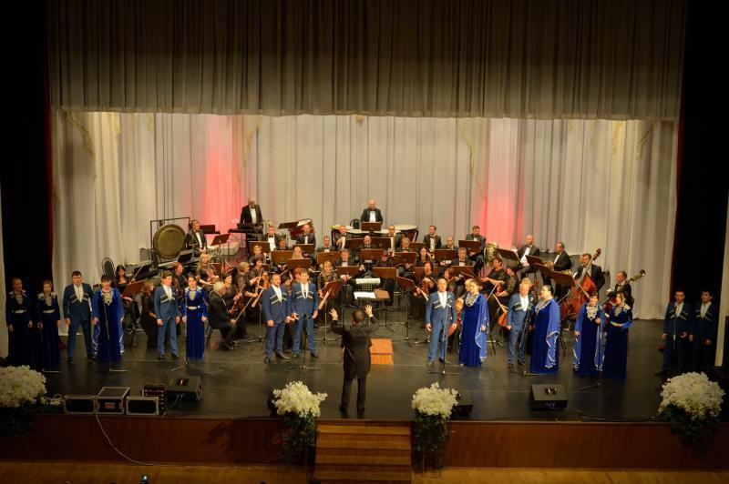 Ансамбль народной песни и танца Адыгеи «Исламей» выступит с концертом в Москве