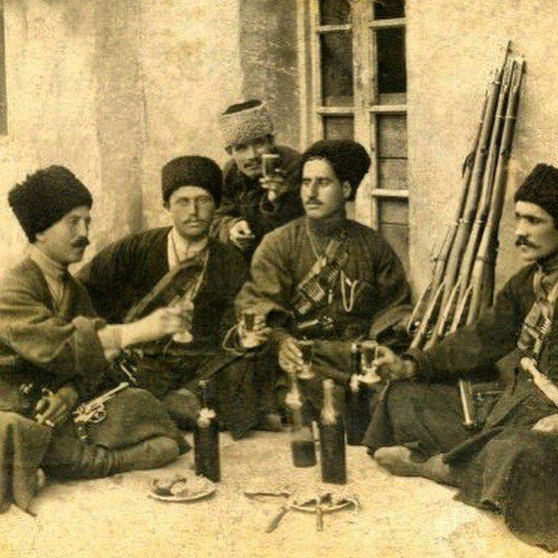 Как строились семейные отношения в семьях казаков? | Адыги.RU | Яндекс Дзен