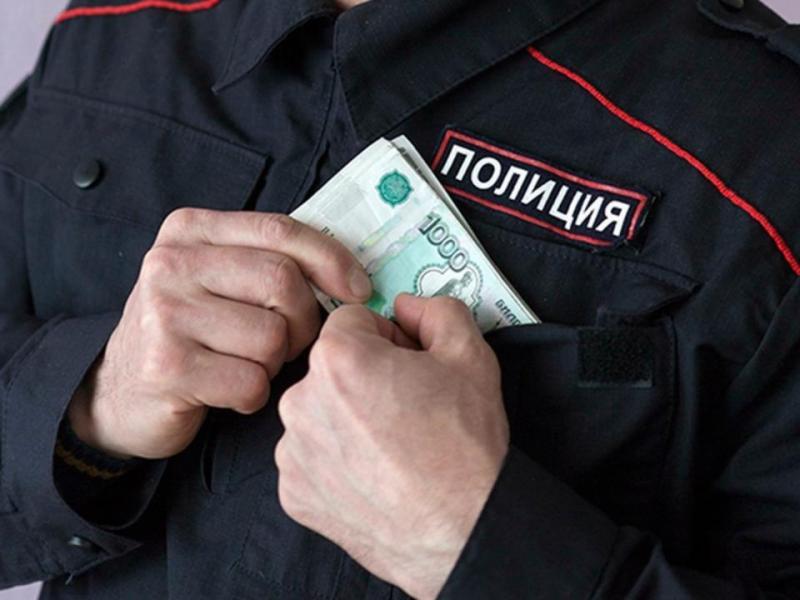 Начальник отделения отдела угрозыска по Майкопу задержан за взятку