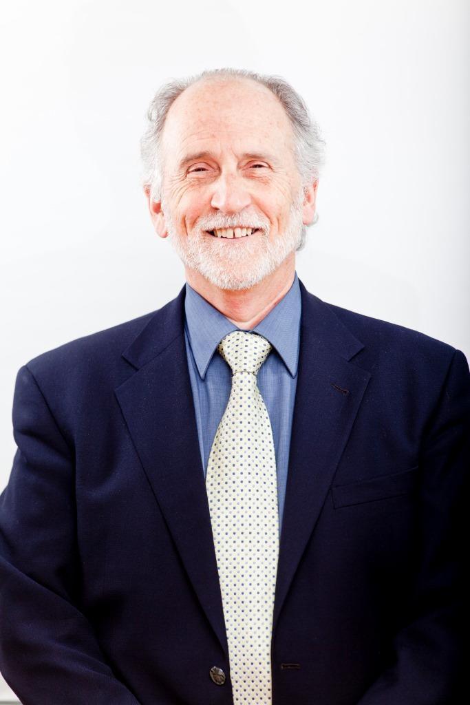 Интервью со всемирно известным лингвистом и мифологом, профессором Университета Макмастера в Канаде Джоном Коларуссо