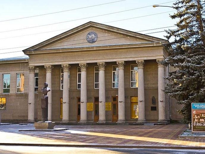 Нацтеатр Адыгеи объявил акцию на билеты