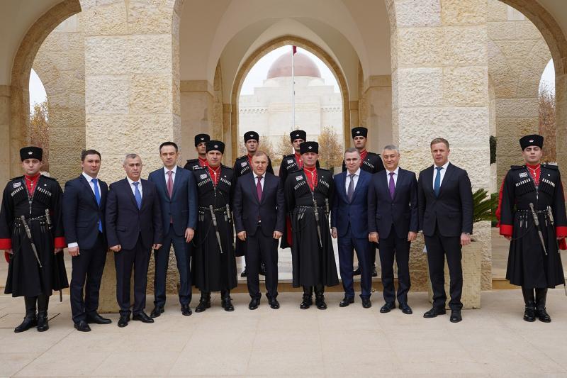 Король Иордании принял делегацию Адыгеи под руководством главы республики