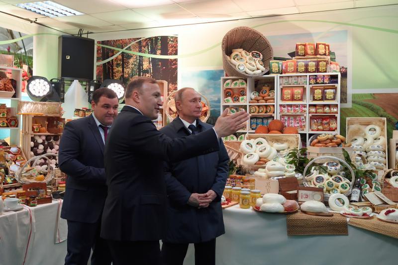 Президент России ознакомился с достижениями агропромышленного комплекса Адыгеи