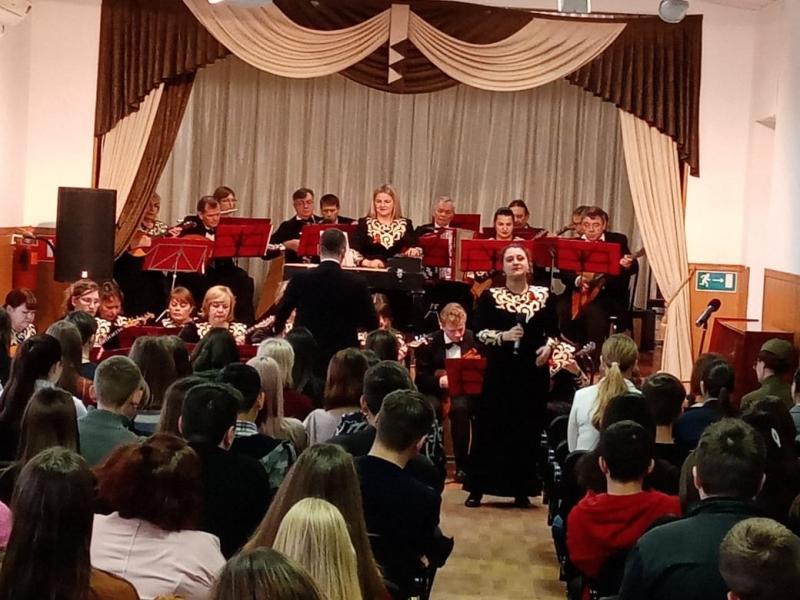 Коллективы филармонии Адыгеи дадут концерты в республике и Краснодарском крае в рамках Года памяти и славы