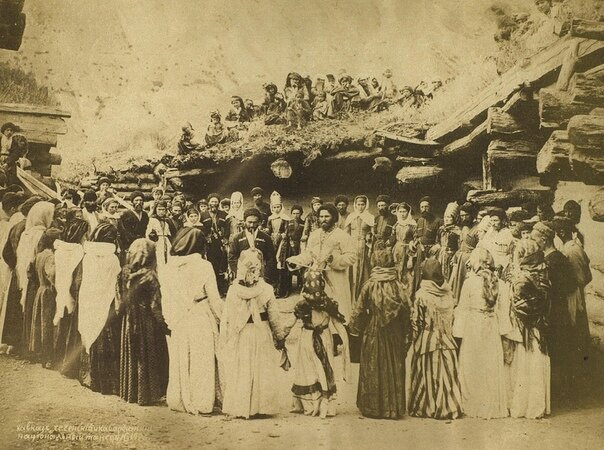 Древнейший обрядовый черкесский танец в честь главного Бога Тха