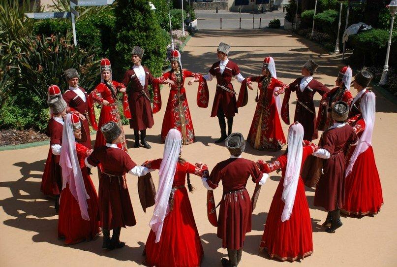 Самы древний танец на Кавказе с сокральным смыслом