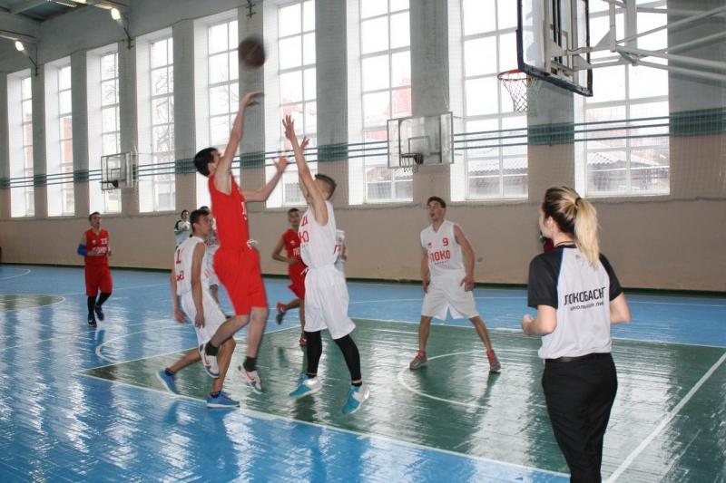 В Адыгее стартовал региональный финал «Локобаскет-Школьная лига»