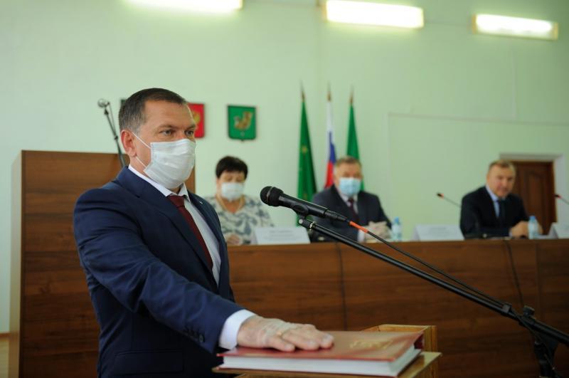 Главой Красногвардейского района избран Темур Губжоков
