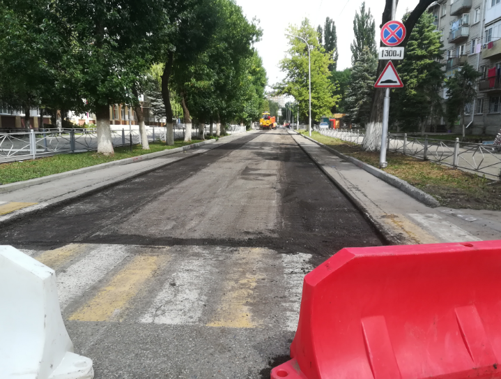 Как в Карачаево-Черкесии закатывают деньги в асфальт