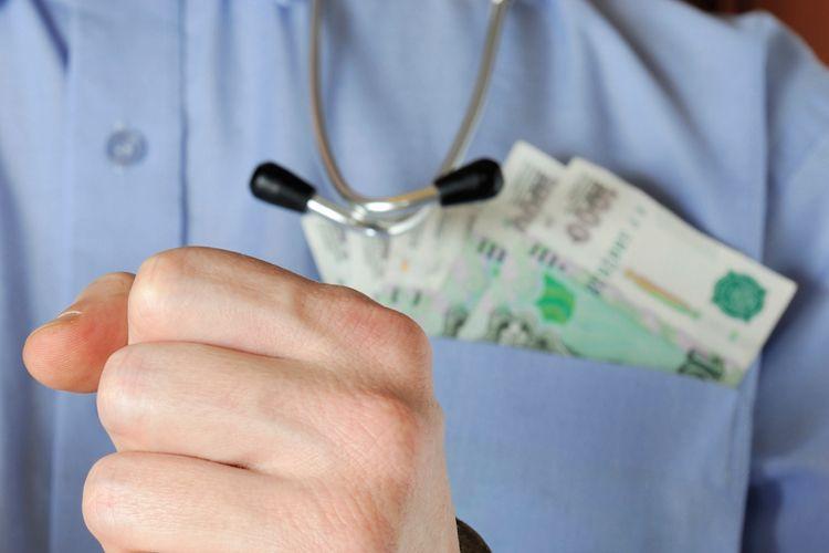 Главный врач райбольницы в Адыгее признан виновным в коррупции