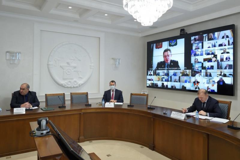 Глава Адыгеи провел заседание Антитеррористической комиссии республики