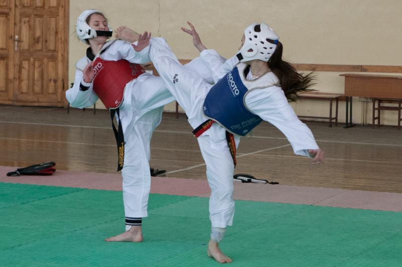 Тхэквондистка из Адыгеи стала чемпионкой ЮФО среди юниоров