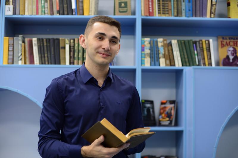 Бислан Нагоев: «Ни секунды не жалею, что попал в библиотеку и осваиваю новую сферу»
