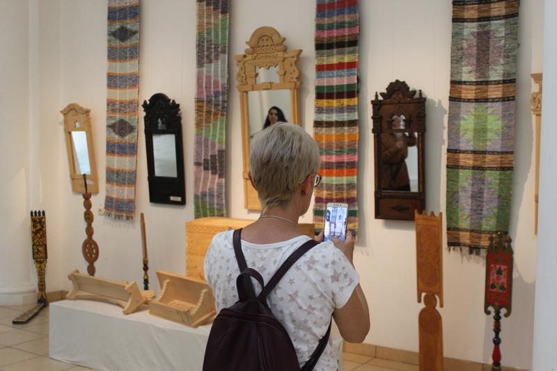 В Адыгее открылась выставка народного искусства Кубани «Мастера и ученики»